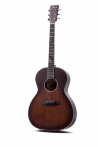 Auden Chester Sunburst Fullbody front full acoustic guitar