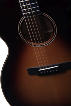 Chester sunburst strings - Auden acoustic guitar