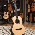 Montoya classical guitar - 60S - front image