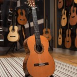 Montoya Classical guitar - 70C front image