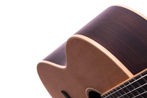 Special Julia Nylon Cedar acoustic guitar - body