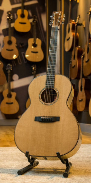Auden Chester Maple Special Edition Acoustic Guitar